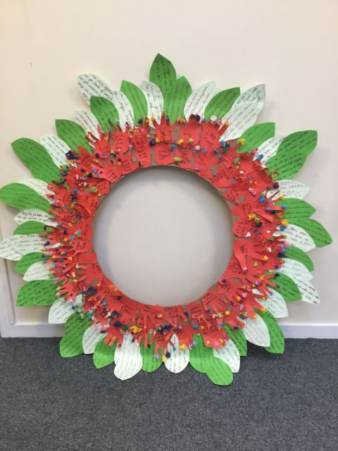 Key Stage 1 Poppy Wreath